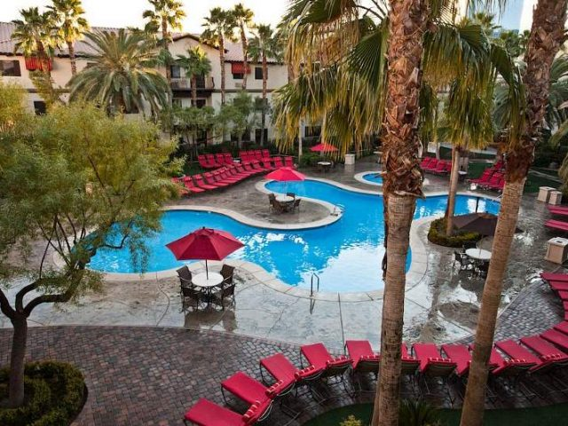 Tuscany Suites Pool