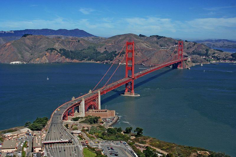 Helikopteraufnahme Golden Gate Foto: Tobias Neppl