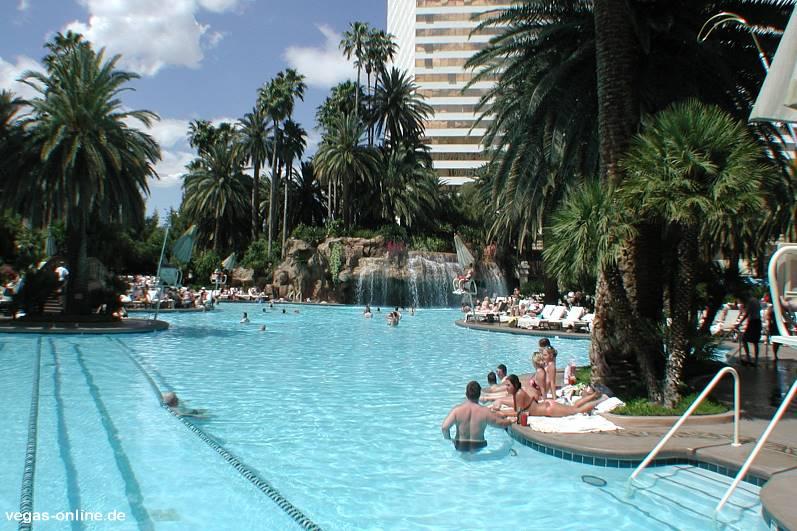 Pool Hotel Mirage Las Vegas