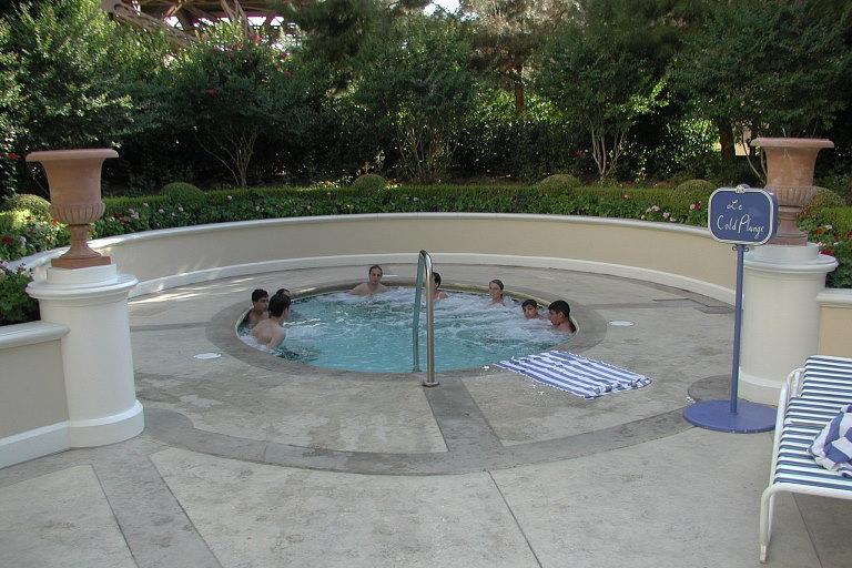 Hotel Paris Whirlpool